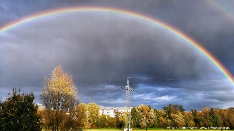 Regenbogen über dem Wiesengrund Fürth